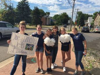 Chelsea Cheer offering their support