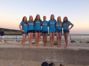 Chelsea Dive team with Coach Kristy