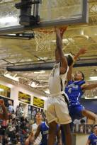 Ronnie dunks against Lincoln
