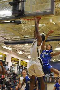 Ronnie dunks against Lincoln