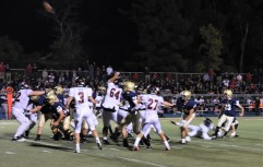Cullen Lindsay hits the game winning field goal for the Bulldogs