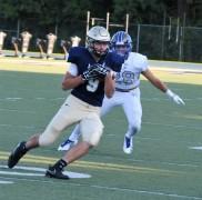 Hunter Neff reels a pass